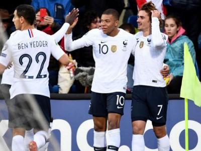 فرانسه 4 - آندورا 0 ، خروس ها برگشتند