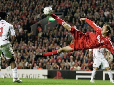 خداحافظی مهاجم سابق لیورپول از فوتبال
