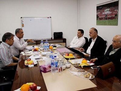 جلسه فوری هیات مدیره پرسپولیس در وزارت ورزش