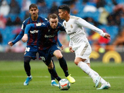 رئال مادرید ۳ - ۲ لوانته؛ برد خانگی لوس بلانکوس