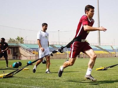 احمدزاده با ناراحتی ورزشگاه را ترک کرد!