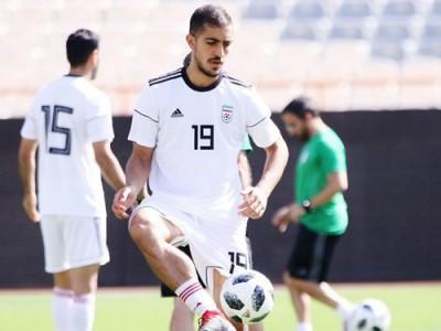مجید حسینی غایب بازی ایران مقابل کامبوج