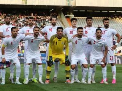 ایران با پیراهن سفید به مصاف بحرین قرمز پوش میرود