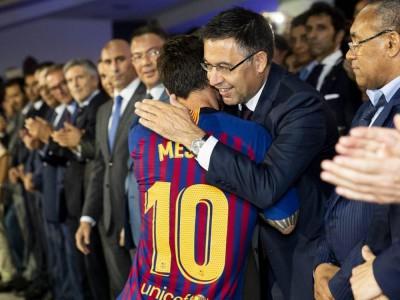 بارتومئو: مسی بزرگترین بازیکن تاریخ فوتبال است